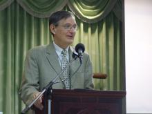 Dr James Poling