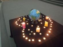 The Globe with the Candles